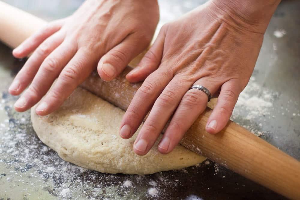pizza-pizza maison-pizza facile-rapide-hut-italienne-recette facile-fromage-jambon-original-pizza inredient-laval-allo pizza-thon-reine-pate