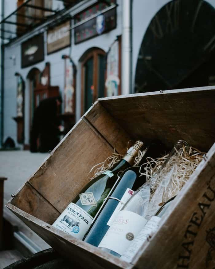 Caisse bouteille vin bois mur bar décoration maison intérieur pas cher