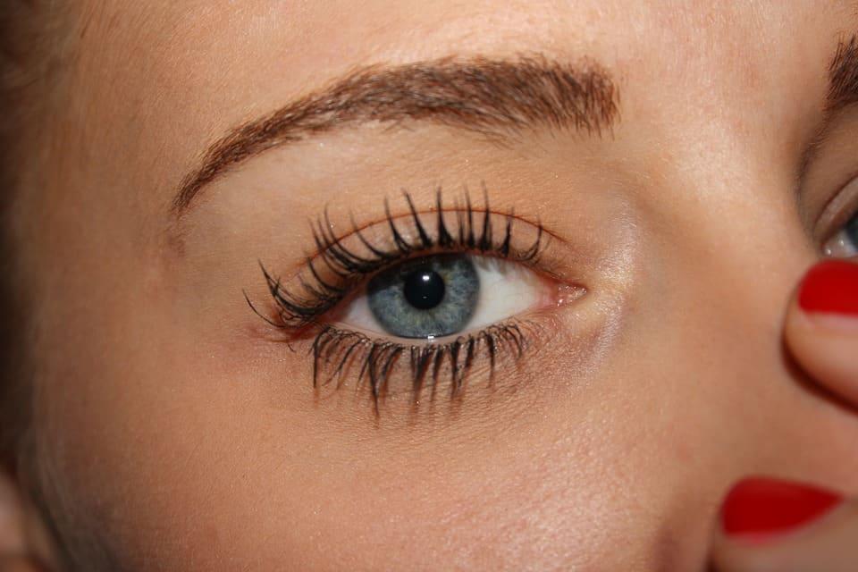 conseils pour avoir de plus longs cils beaux cils maquillage visage beauté soin santé